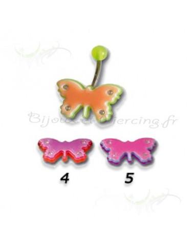 Piercing de nombril papillon au couleur pastel eclatante