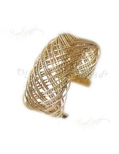 Bracelet rigide fait de fil entrelassé plaqué or