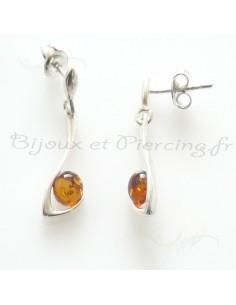 Boucle d'oreille avec perle d'ambre cognac