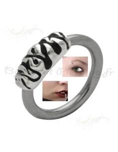 Piercing anneau zébré