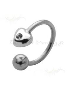 Bijoux anneaux semi ouvert ornée d'un coeu
