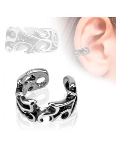 Faux piercing oreille cartilage gothique