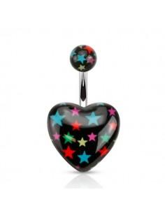 Piercing nombril étoile sur un coeur