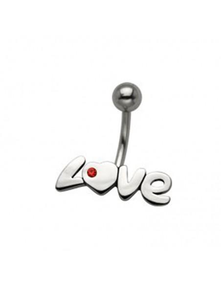 Piercing nombril coeur avec son inscription love