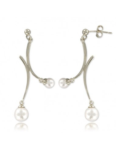 boucles d'oreille argent monter de deux perles blanches.